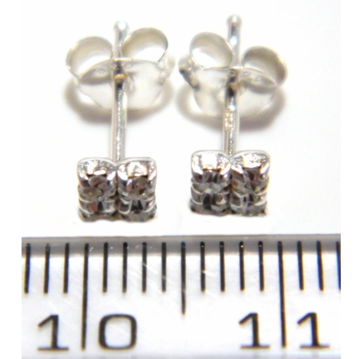 4 mm clear coloured crystal square stud earrings in sterling silver ruler