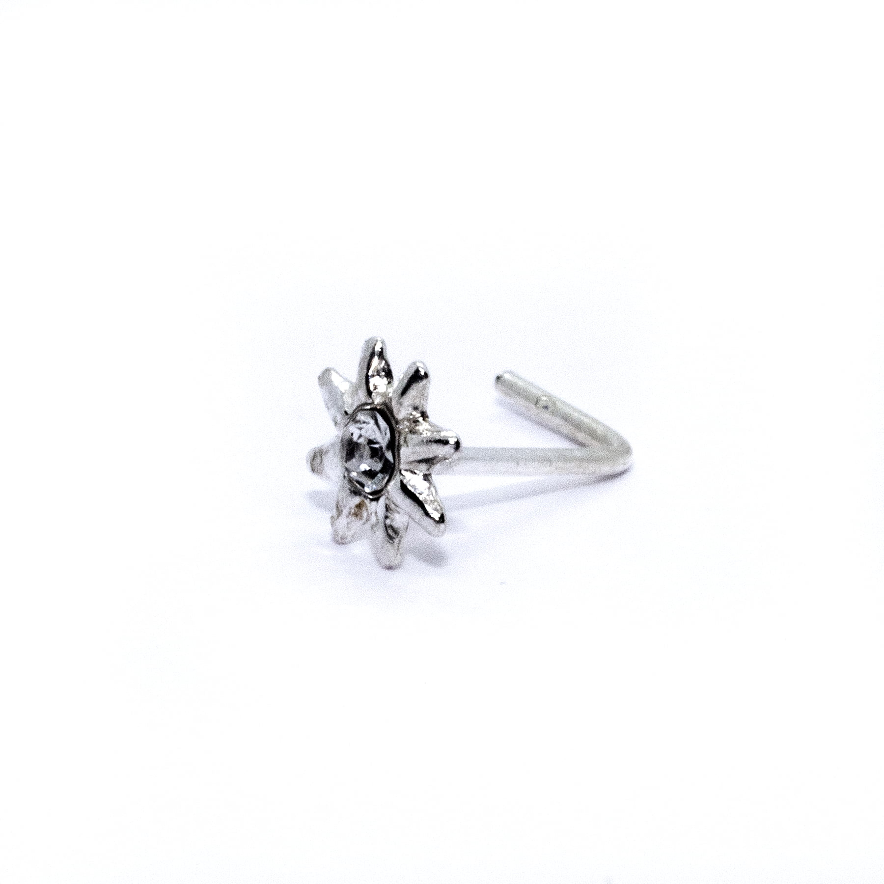 Star nose stud in sterling silver (alt3)
