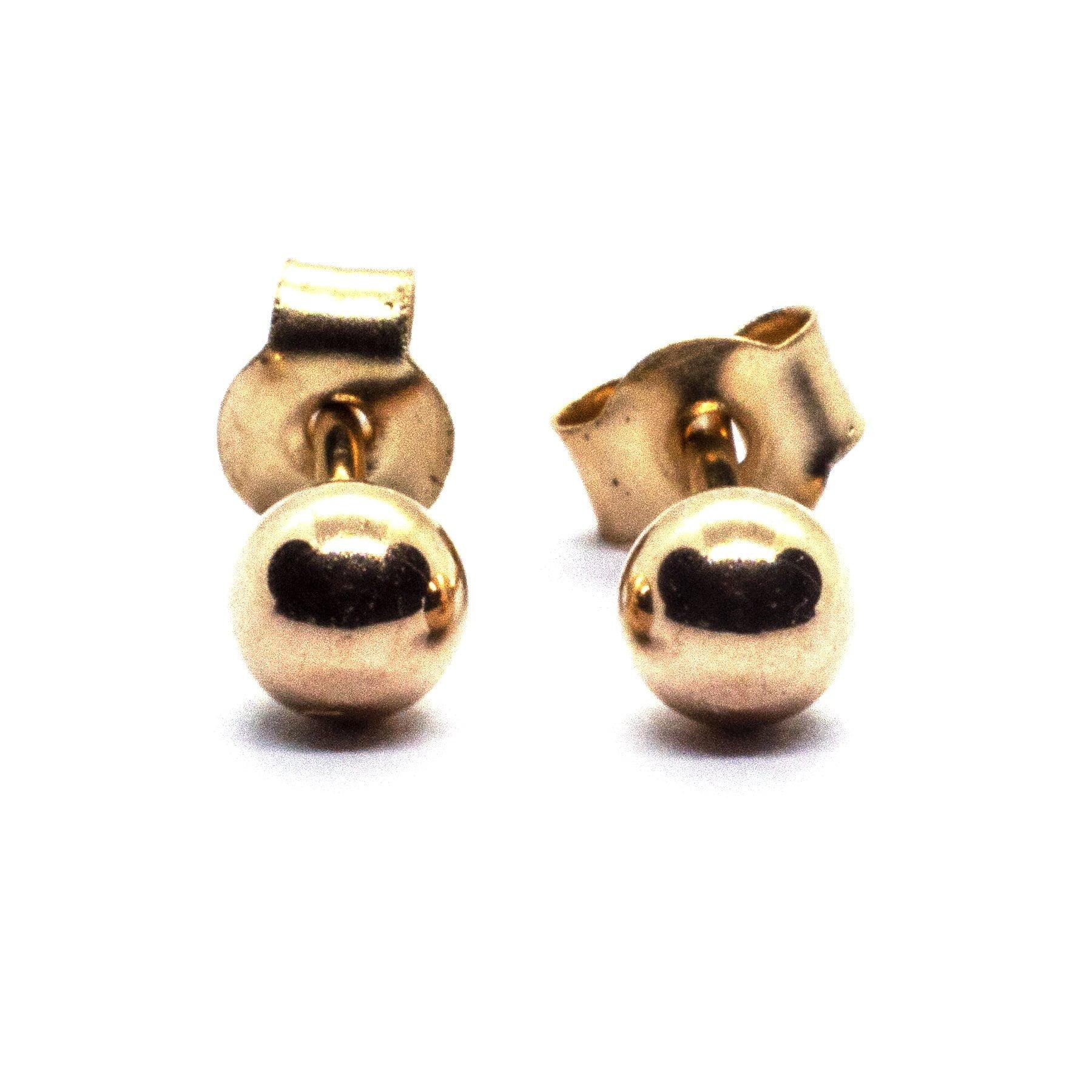 3mm 9ct gold ball earrings closer