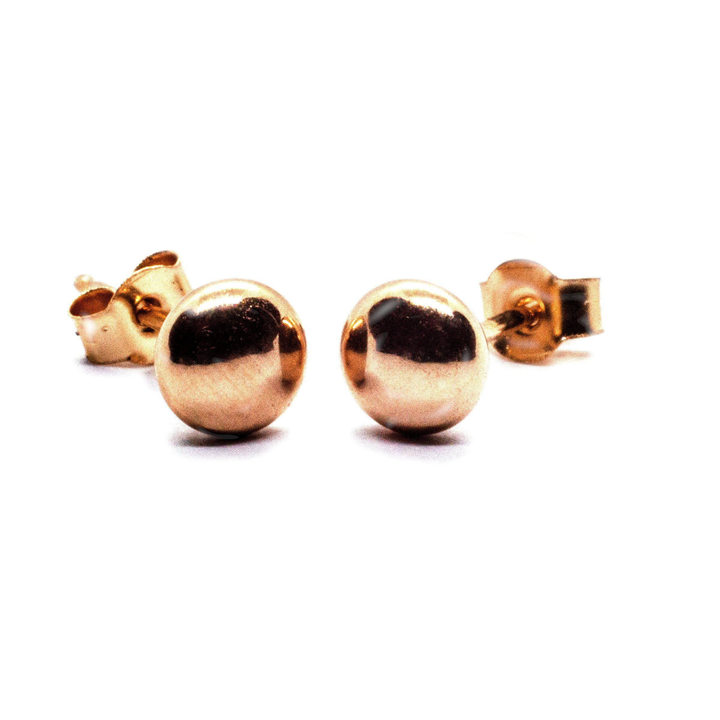 4mm 9ct gold bouton earrings