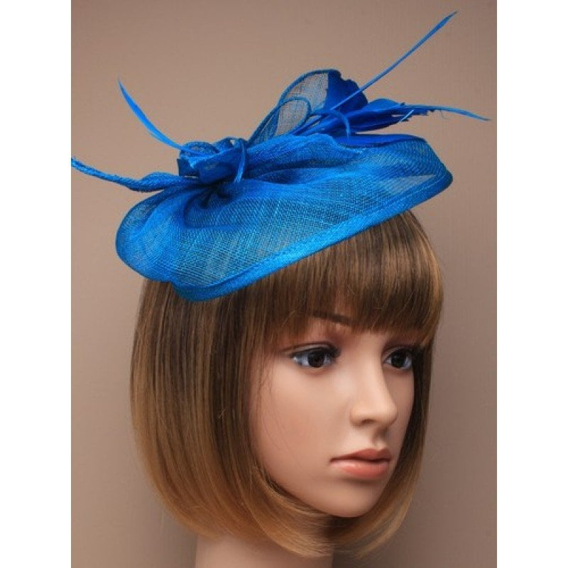 Blue fascinator on model