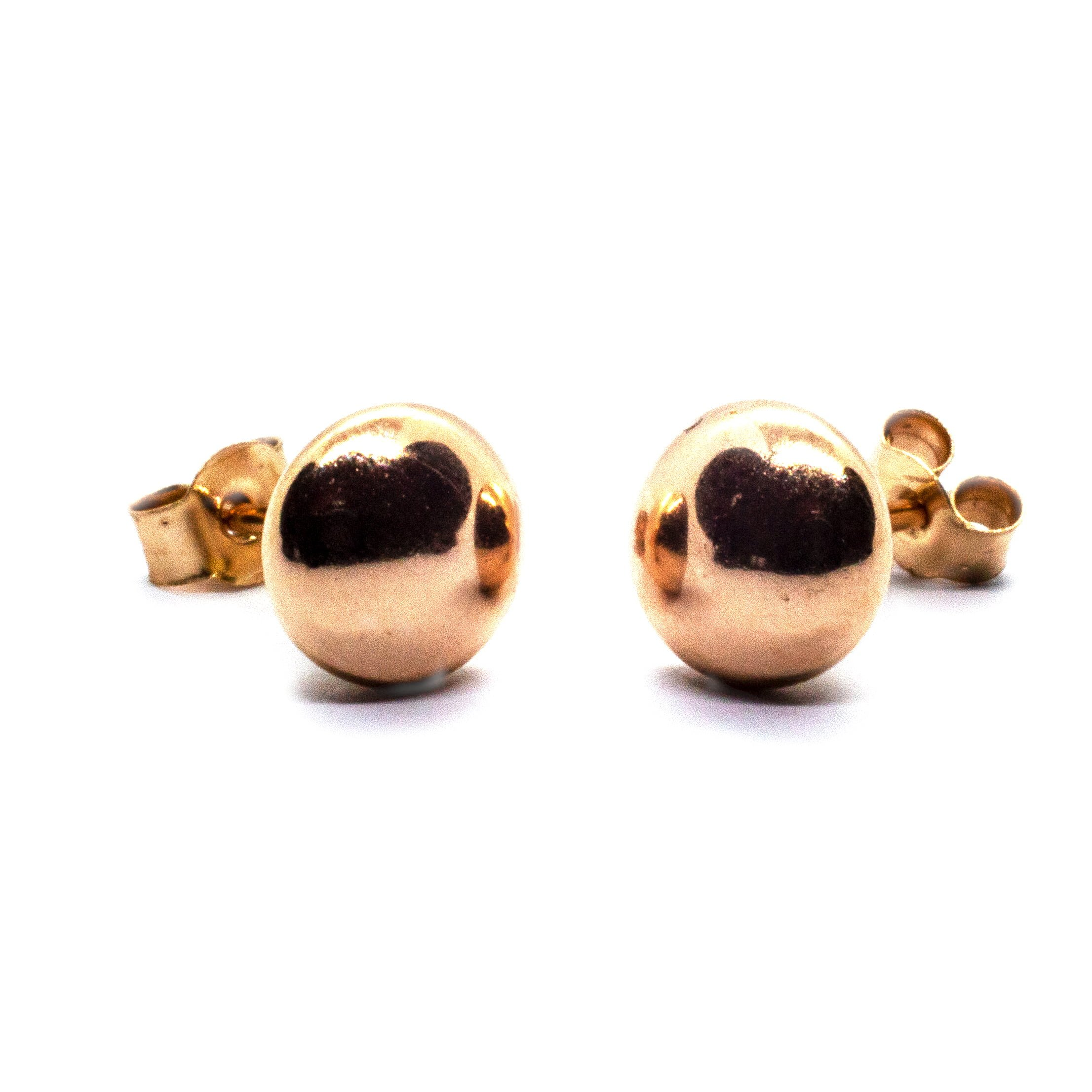 5mm yellow gold bouton earrings