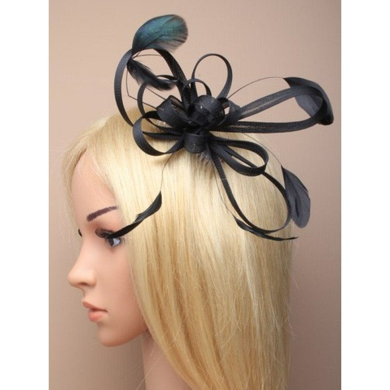 Black fascinator on model