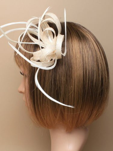 Ivory fascinator with loops and feathers on clip and pin. (alt 2)