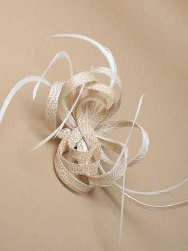 Ivory fascinator with loops and feathers on clip and pin. (alt 3)