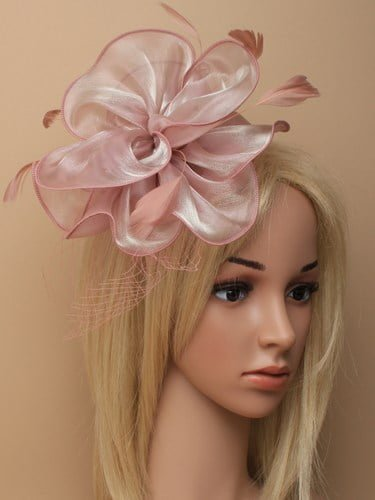 Dusky pink chiffon fascinator with net on aliceband.