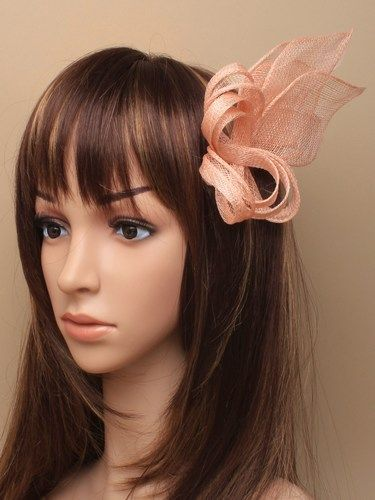 Nude looped fascinator with feathers on comb. (alt 2)