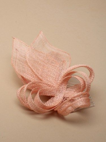 Nude looped fascinator with feathers on comb. (alt 3)