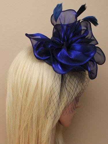 Navy fascinator with netting, feathers on aliceband 4
