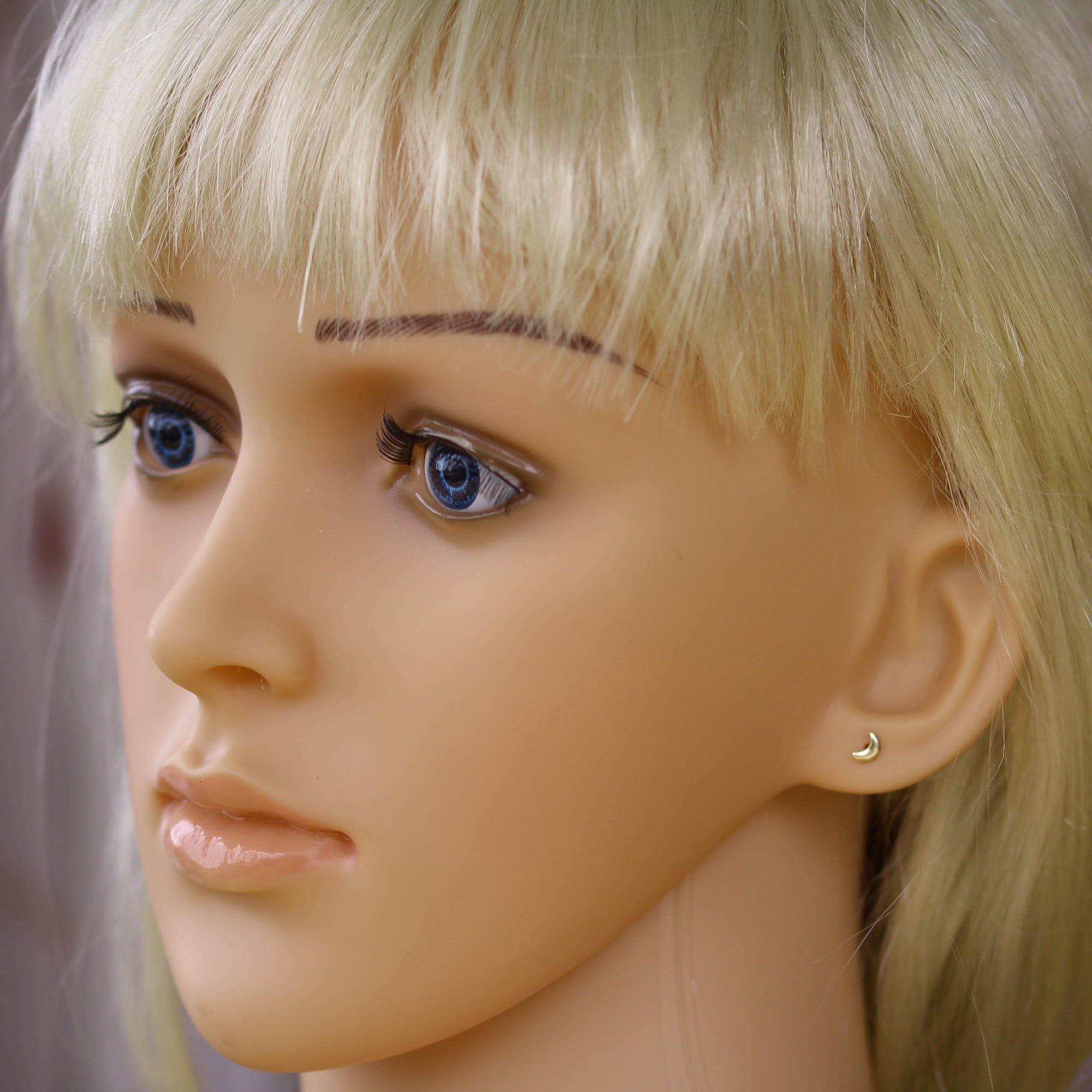 9ct gold crescent moon earrings model